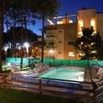 Pileta noche s suite del bosque argentina suites